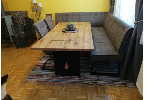 Fleckerlteppich-Wohnzimmer