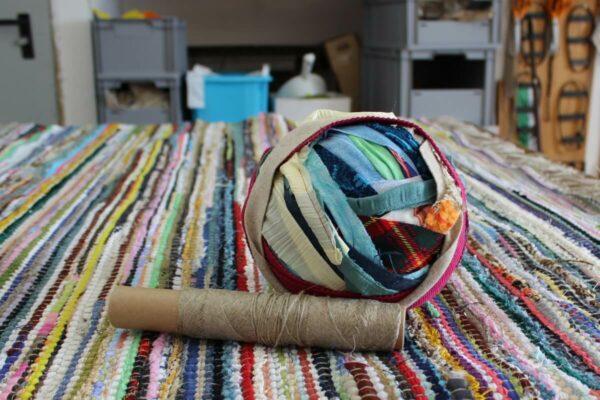 Fleckerlteppich ausschnitt stickshop A